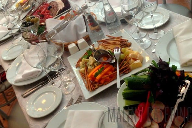 Барбекю, деловой ужин, фуршет цены на электрокамин dimplex multifire 3220-eu c порталом данте